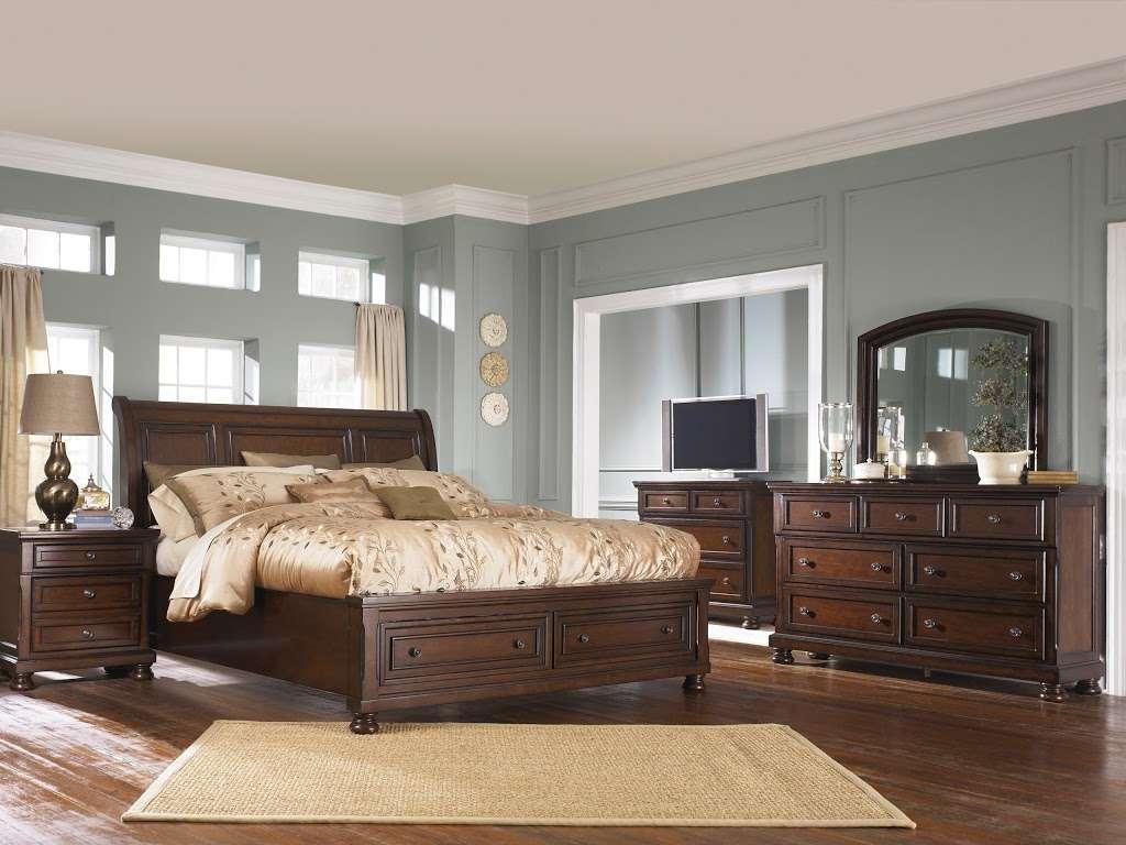 Arwoods Furniture & Mattress - Missouris LARGEST Furniture Sto - furniture store    Photo 8 of 10   Address: 801 Pride Ave, Warrensburg, MO 64093, USA   Phone: (660) 429-2264