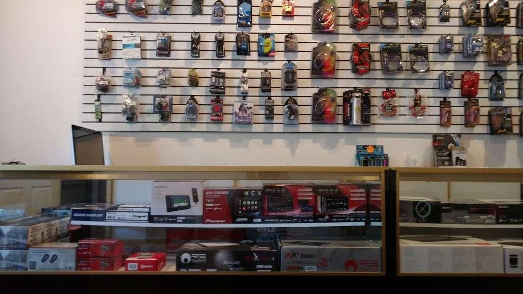 On The Go Audio - car repair  | Photo 1 of 10 | Address: 6280 Perkiomen Ave, Birdsboro, PA 19508, USA | Phone: (484) 390-2292