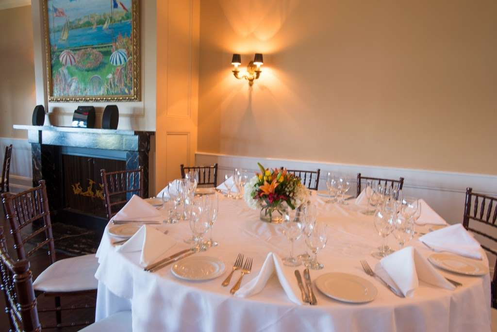 Le Jardin - restaurant  | Photo 1 of 10 | Address: 1257 River Rd, Edgewater, NJ 07020, USA | Phone: (201) 224-9898