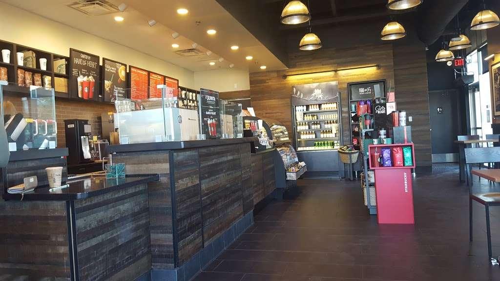 Starbucks - cafe  | Photo 4 of 10 | Address: 114 E South St Suite 115, Warrensburg, MO 64093, USA | Phone: (660) 543-4879