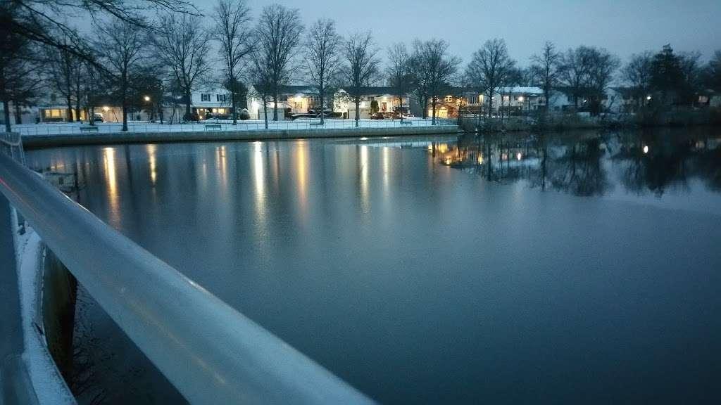 Doxy Brook Fishing Park - park    Photo 4 of 5   Address: Branch Blvd, Valley Stream, NY 11581, USA