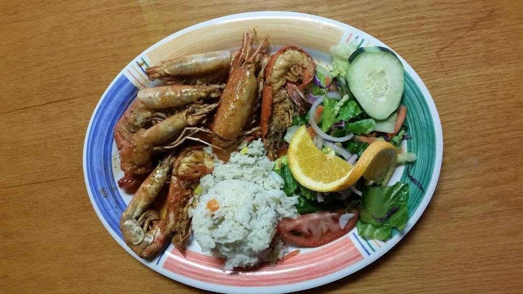 Las Islitas Mariscos Estilo Nayarit - restaurant  | Photo 4 of 10 | Address: 4610 Farm to Market 1960 Rd W P, Houston, TX 77069, USA | Phone: (281) 781-7336