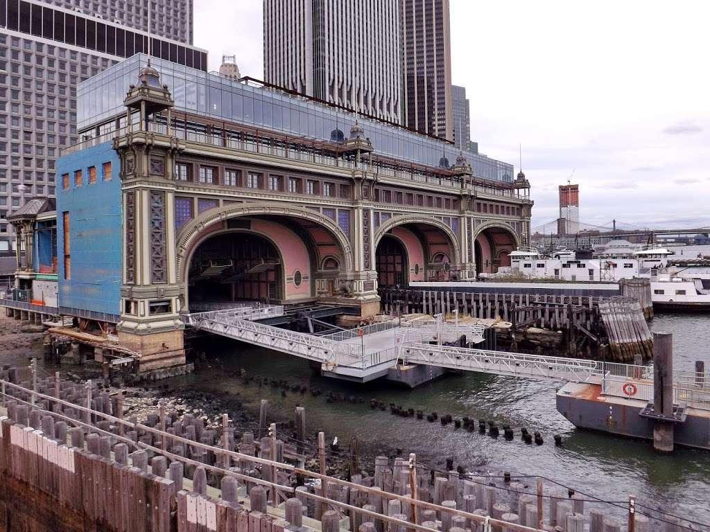 BMB - transit station  | Photo 10 of 10 | Address: 10 South St, New York, NY 10005, USA