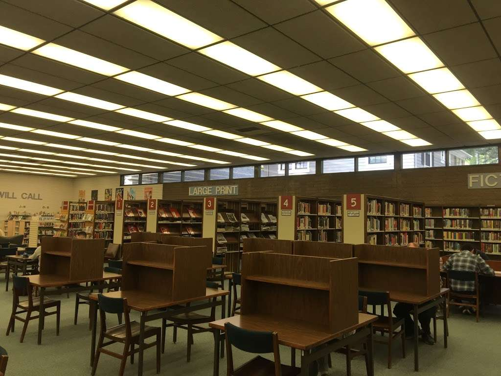 La Cañada Flintridge Library - library  | Photo 1 of 5 | Address: 4545 North Oakwood Avenue, La Cañada Flintridge, CA 91011, USA | Phone: (818) 790-3330