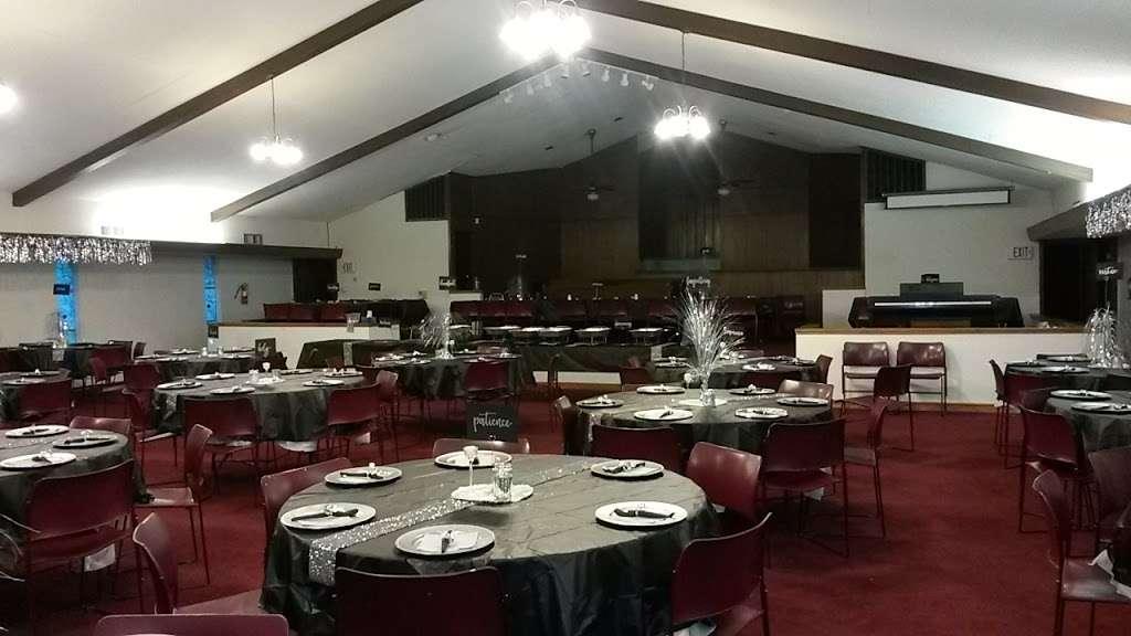 Living Gospel Church - church  | Photo 3 of 6 | Address: 829 N St Augustine Dr, Dallas, TX 75217, USA | Phone: (214) 398-0123
