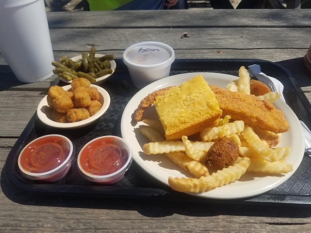 Lercys Diner West - restaurant    Photo 4 of 10   Address: 1419 N Main St, Mont Belvieu, TX 77520, USA   Phone: (281) 576-6975
