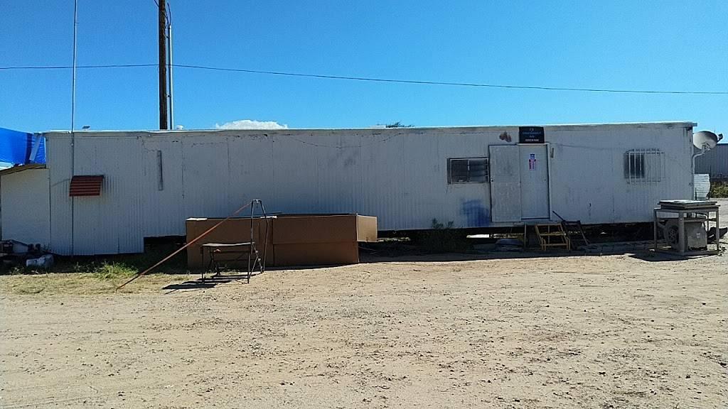 United Shadows 4 Auto - car dealer  | Photo 10 of 10 | Address: 5680 S Beverly Ave, Tucson, AZ 85706, USA | Phone: (520) 339-0168