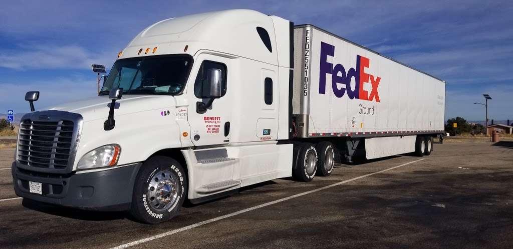 FedEx Ground - moving company  | Photo 9 of 9 | Address: 1101 E Cleveland St, Hutchins, TX 75141, USA | Phone: (800) 463-3339