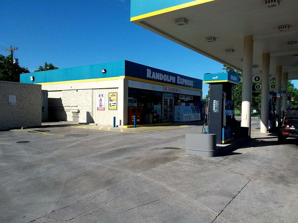 Valero - gas station    Photo 1 of 3   Address: 10634 FM78, Cibolo, TX 78108, USA   Phone: (210) 658-3738