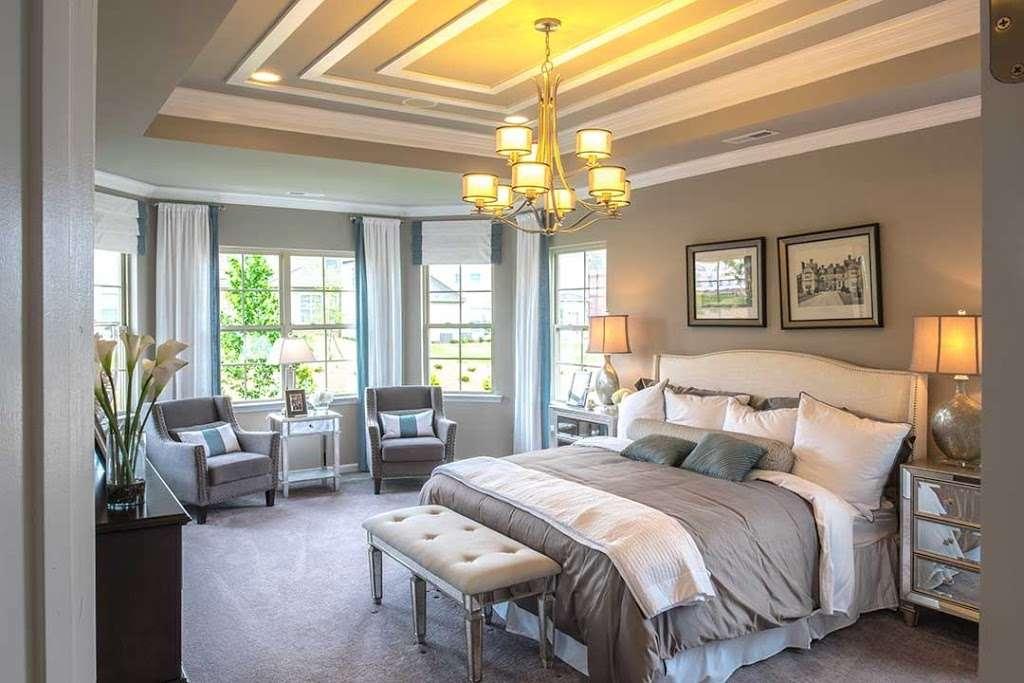 M/I Homes Blume - real estate agency  | Photo 5 of 10 | Address: 2045 Sweet William Drive, Harrisburg, NC 28075, USA | Phone: (704) 228-3892