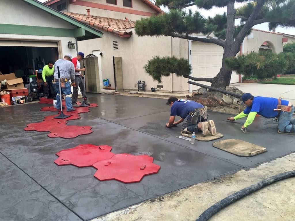 LG Builders, Inc - roofing contractor  | Photo 4 of 8 | Address: 7633 Varna Ave Suite H, North Hollywood, CA 91605, USA | Phone: (310) 291-2797