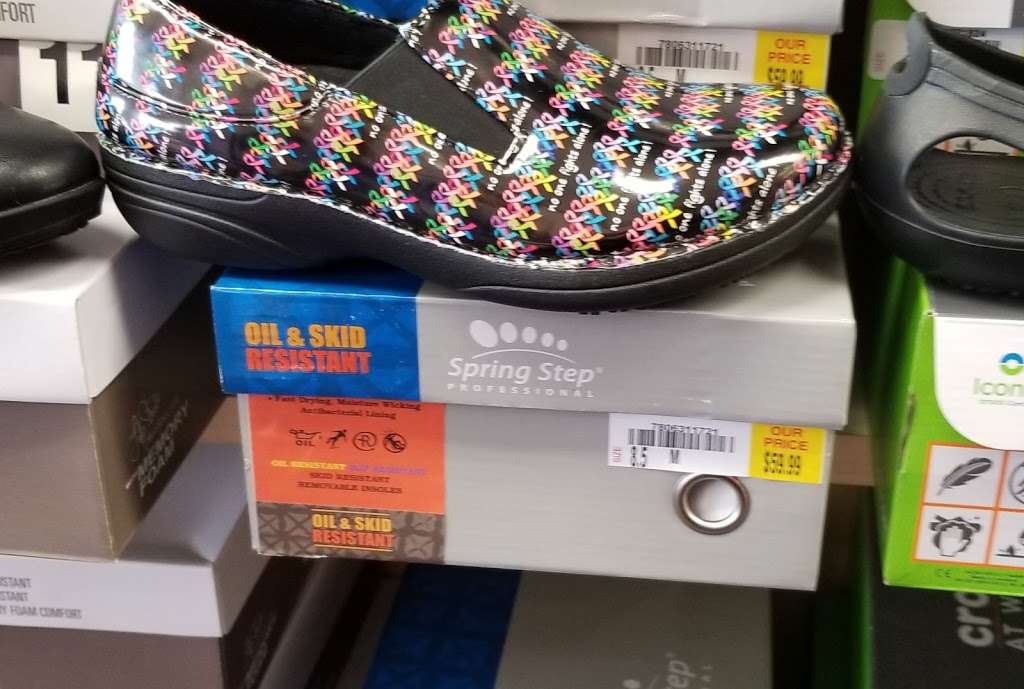 Shoe Dept. - shoe store  | Photo 5 of 10 | Address: 1006 W Broadway St, Monticello, IN 47960, USA | Phone: (574) 583-9815