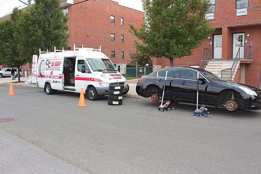 Mobile Tire Shop - car repair    Photo 1 of 10   Address: 654 Utica Ave, Brooklyn, NY 11203, USA   Phone: (347) 673-6962