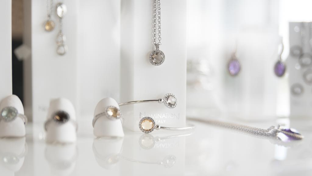 Genna Jewelers - jewelry store    Photo 2 of 10   Address: 2304 Remi Dr #103, Melbourne, FL 32940, USA   Phone: (321) 215-2222