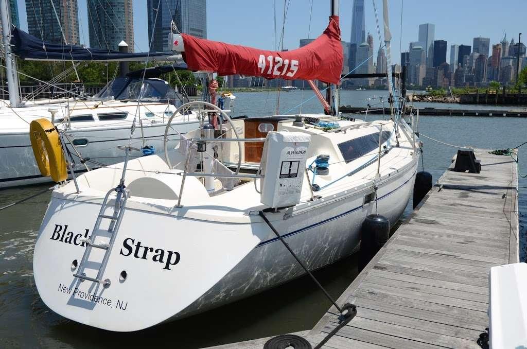 Gotham Sailing - travel agency  | Photo 1 of 10 | Address: 80 Audrey Zapp Dr, Jersey City, NJ 07305, USA | Phone: (732) 820-0290