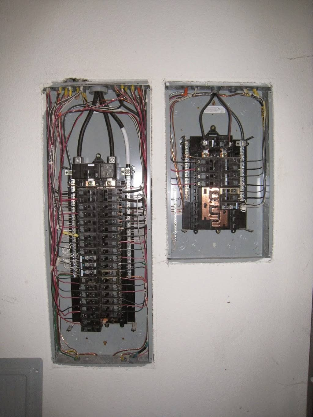 Affinity electric - electrician  | Photo 5 of 6 | Address: 685 Collins Crest St, Gladstone, OR 97027, USA | Phone: (971) 400-5354