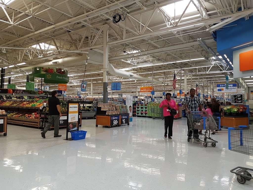 Walmart Supercenter - department store  | Photo 4 of 10 | Address: 7250 Carson Blvd, Long Beach, CA 90808, USA | Phone: (562) 425-5113