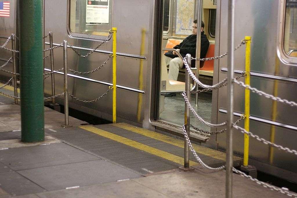South Ferry Station - transit station  | Photo 2 of 10 | Address: New York, NY 10004, USA