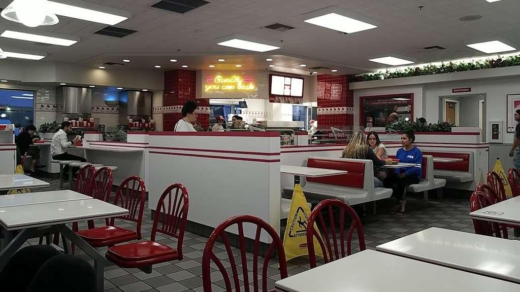 In-N-Out Burger - restaurant  | Photo 1 of 10 | Address: 1342 S Alma School Rd, Mesa, AZ 85210, USA | Phone: (800) 786-1000