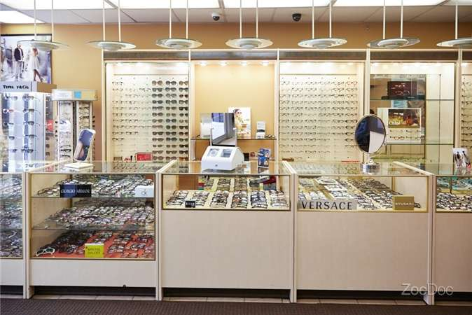 Kingsbridge Eye Center - doctor  | Photo 3 of 10 | Address: 103 W Kingsbridge Rd, Bronx, NY 10468, USA | Phone: (718) 432-5555