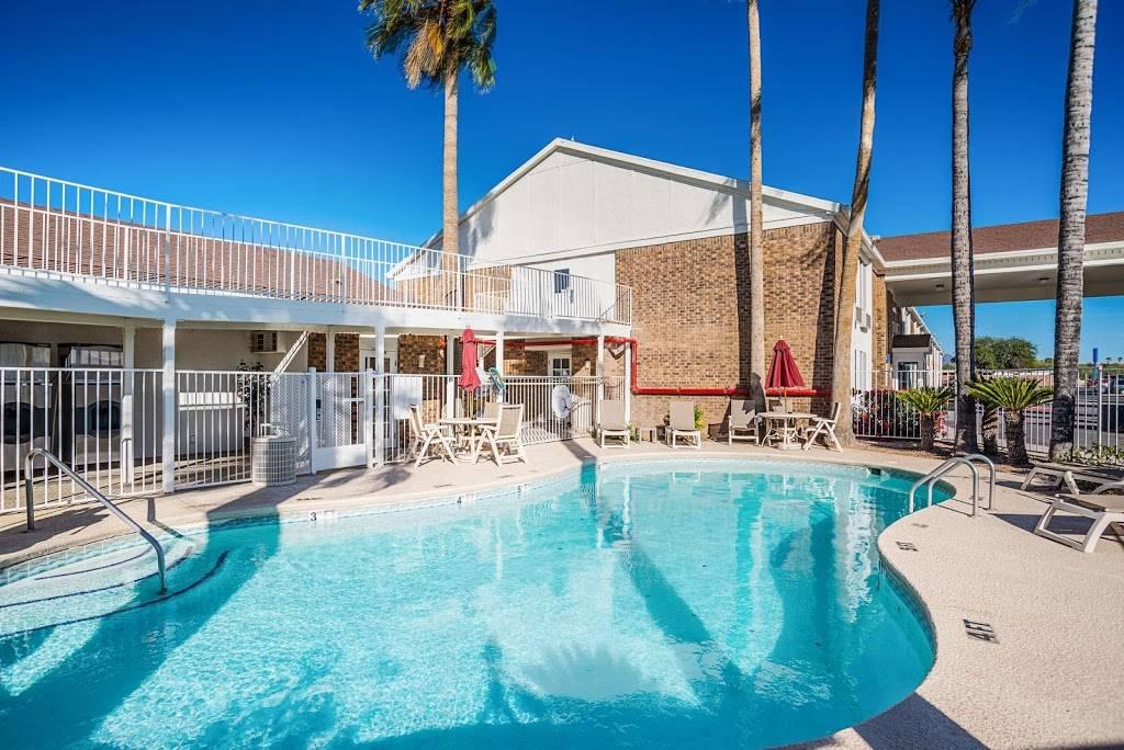 Motel 6 Marana City, AZ - Tuscon - North - lodging  | Photo 3 of 10 | Address: 7277 North Camino De Oeste, Tucson, AZ 85742, USA | Phone: (520) 744-9300