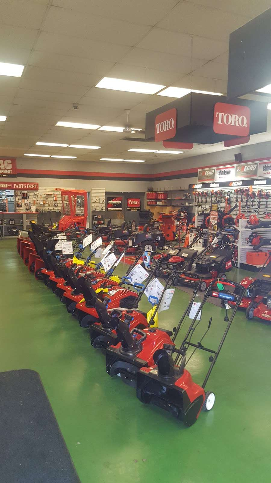 Terpstras Sales, Service & Rental - store  | Photo 9 of 10 | Address: 1235 E 45th Ave, Griffith, IN 46319, USA | Phone: (219) 838-3600