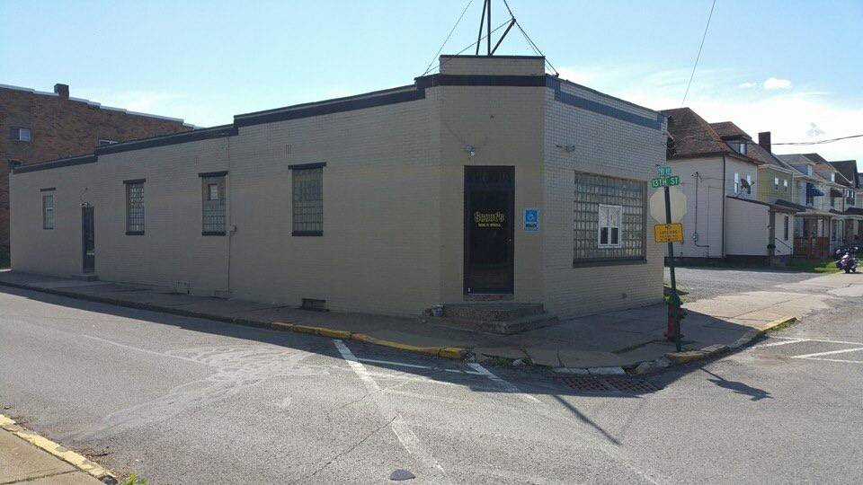 Scoots Bar and Grill - restaurant  | Photo 2 of 6 | Address: 1241 2nd Ave #1505, Conway, PA 15027, USA | Phone: (724) 869-2127