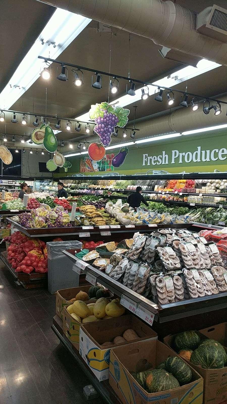 H Mart Union - supermarket  | Photo 10 of 10 | Address: 29-02 Union St, Flushing, NY 11354, USA | Phone: (718) 445-5656