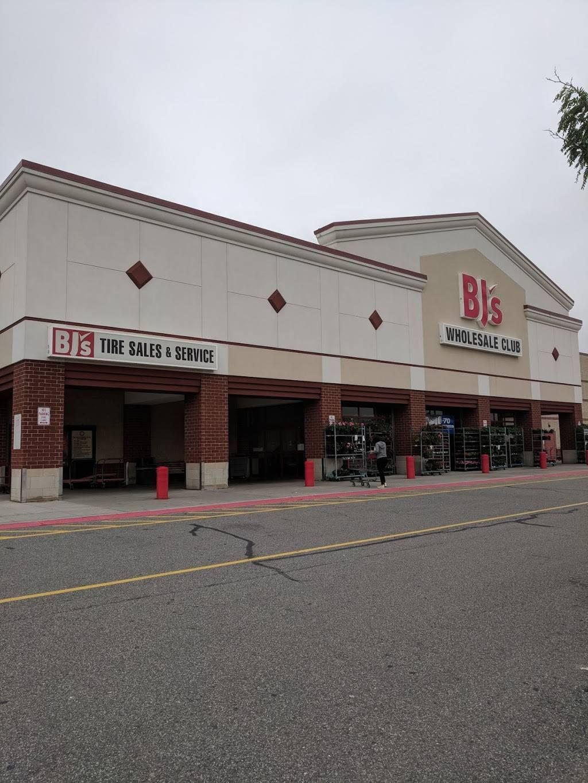 BJs Tire Center - car repair  | Photo 1 of 10 | Address: 2100 88th St, North Bergen, NJ 07047, USA | Phone: (844) 700-8473