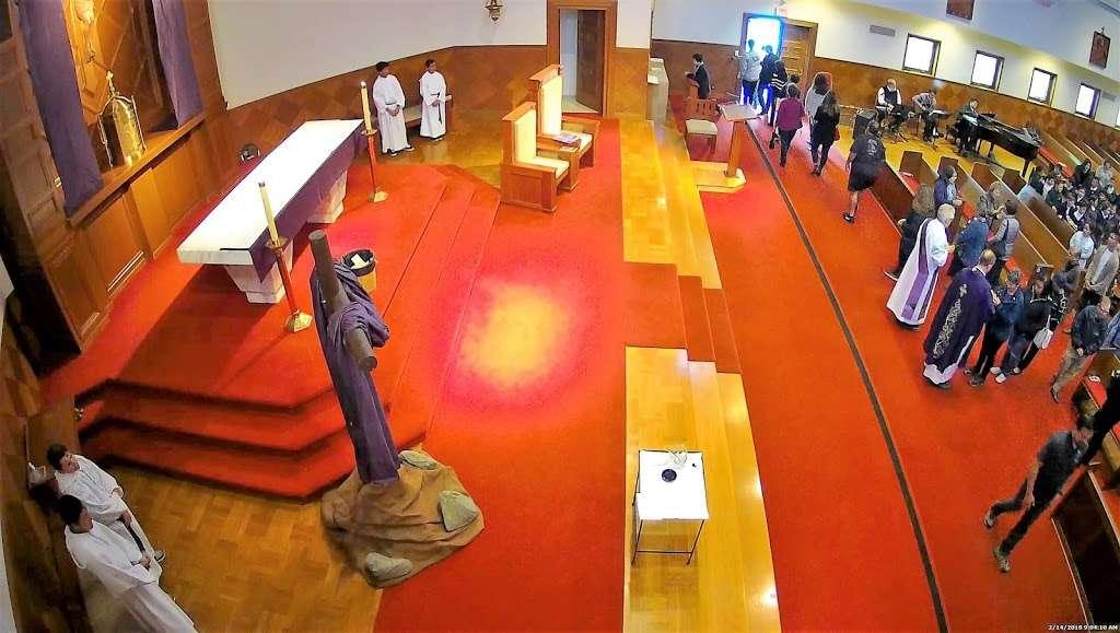Holy Angels Catholic Church - church  | Photo 7 of 10 | Address: 370 Campus Dr, Arcadia, CA 91007, USA | Phone: (626) 447-1671