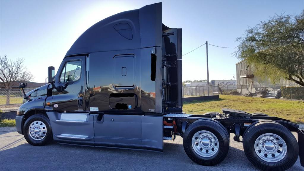 Schneider National Inc - moving company    Photo 10 of 10   Address: 14405 Maquila Loop, Laredo, TX 78045, USA   Phone: (956) 722-3022
