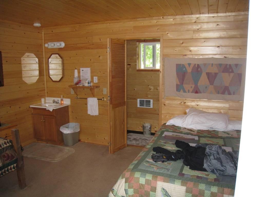 Wilderness Place Lodge Inclusive Alaska Fishing - lodging  | Photo 6 of 10 | Address: 4525 Enstrom Cir, Anchorage, AK 99502, USA | Phone: (907) 733-2051
