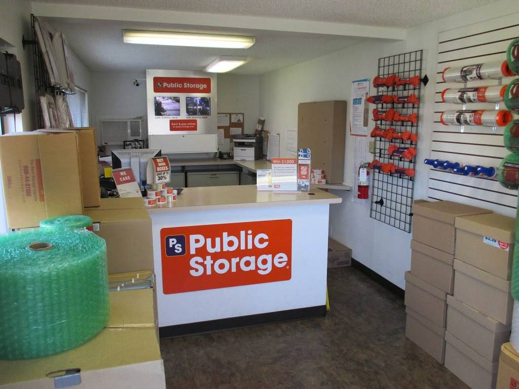 Public Storage - storage  | Photo 4 of 5 | Address: 18926 Hwy 99, Lynnwood, WA 98036, USA | Phone: (425) 354-3960