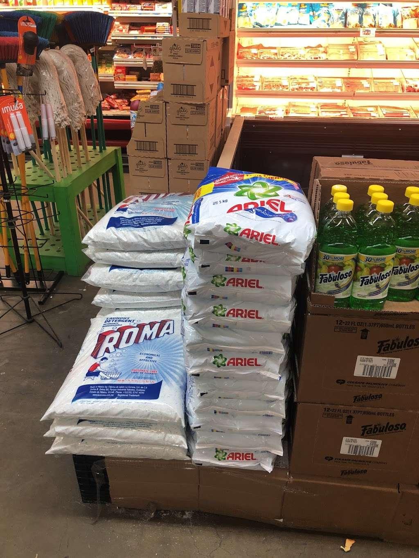 El Mercado De La Ocho - supermarket    Photo 8 of 10   Address: 100 8th St, Passaic, NJ 07055, USA   Phone: (973) 470-8737