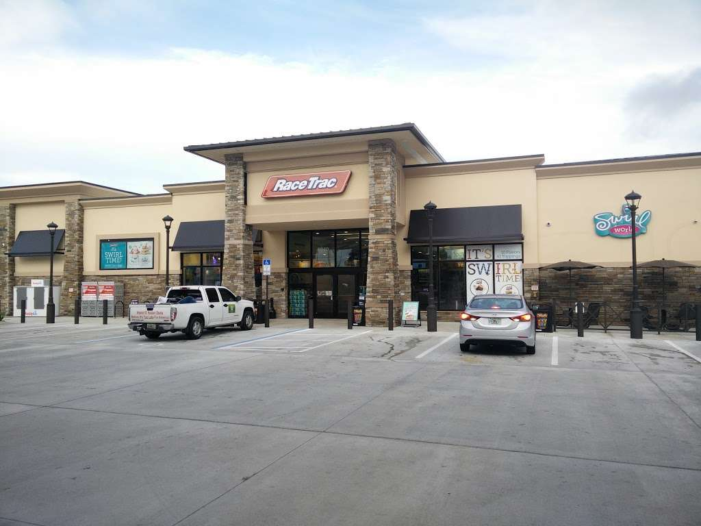 RaceTrac - gas station  | Photo 3 of 10 | Address: 6840 S Kanner Hwy, Stuart, FL 34997, USA | Phone: (772) 288-7020