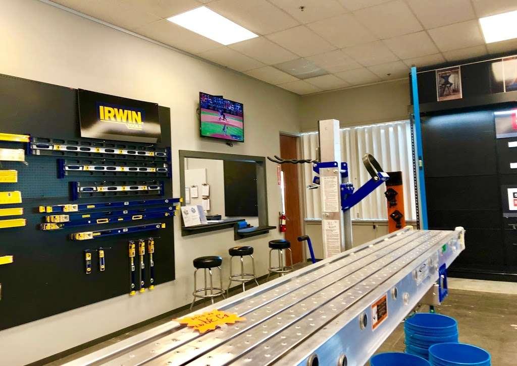 soutrhern Carlson fastening Packaging Service - hardware store  | Photo 8 of 10 | Address: 4150 N Sam Houston Pkwy E #150, Houston, TX 77032, USA | Phone: (281) 219-2631