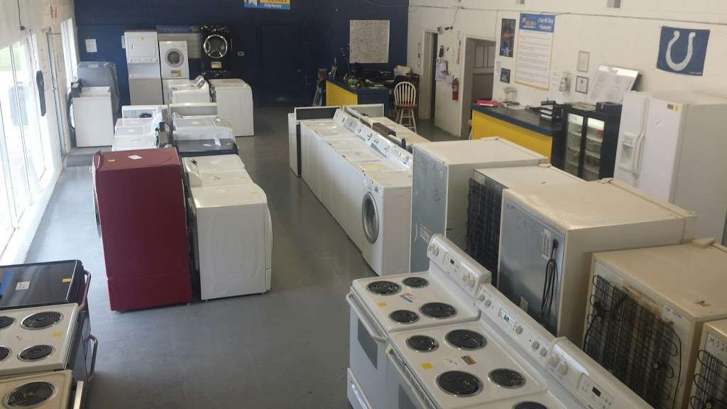 Big Jons Used Appliances - home goods store    Photo 2 of 9   Address: 2678 E Main St, Plainfield, IN 46168, USA   Phone: (317) 268-6880