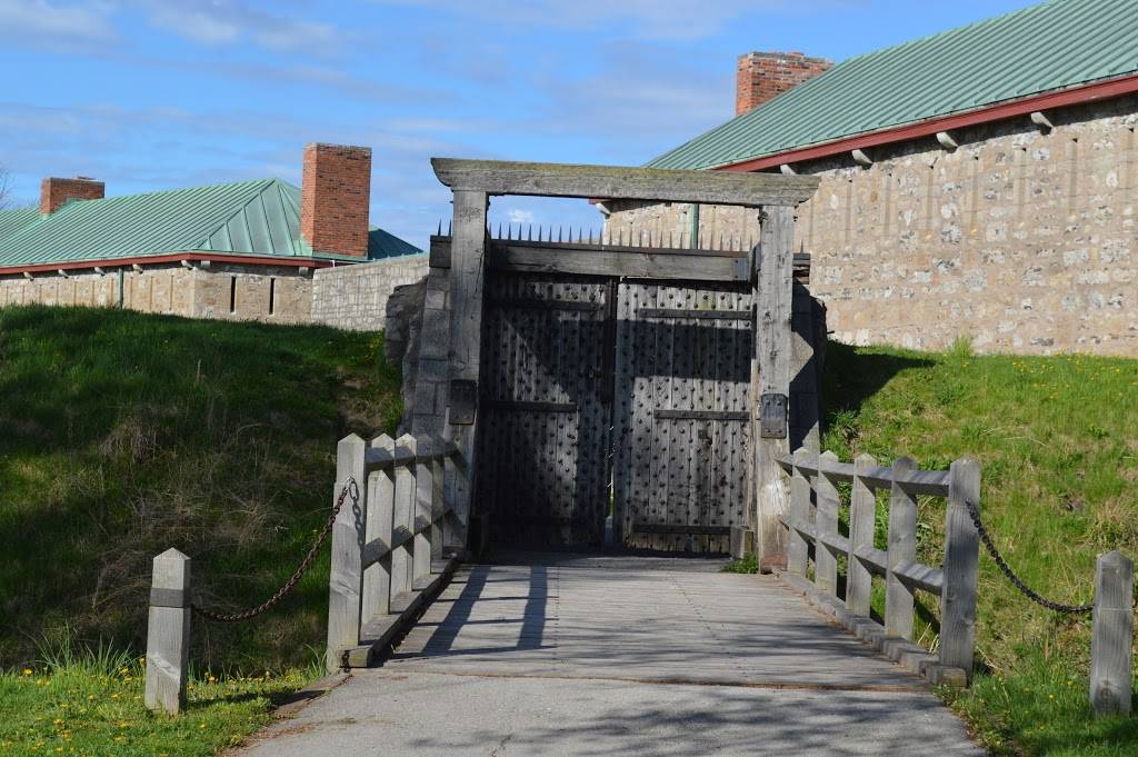 Old Fort Erie - museum  | Photo 6 of 10 | Address: 350 Lakeshore Rd, Fort Erie, ON L2A 1B1, Canada | Phone: (905) 871-0540