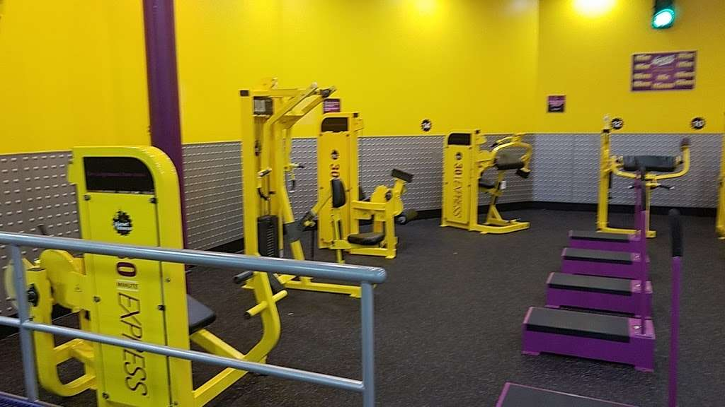 Planet Fitness - gym  | Photo 2 of 7 | Address: 10215 University City Blvd B, Charlotte, NC 28213, USA | Phone: (980) 337-4368
