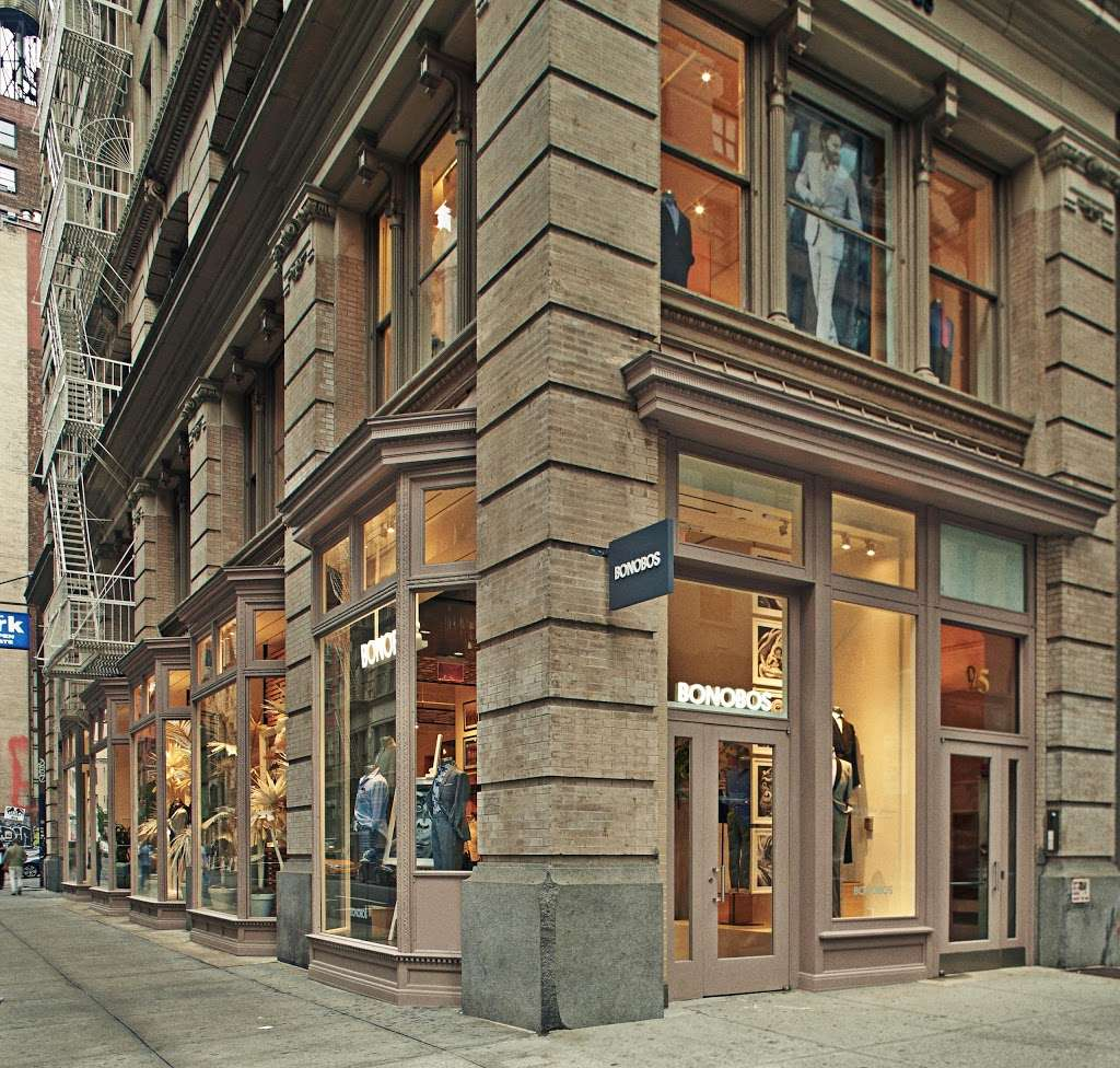 Bonobos - clothing store  | Photo 6 of 10 | Address: 95 5th Ave, New York, NY 10003, USA | Phone: (646) 869-4933
