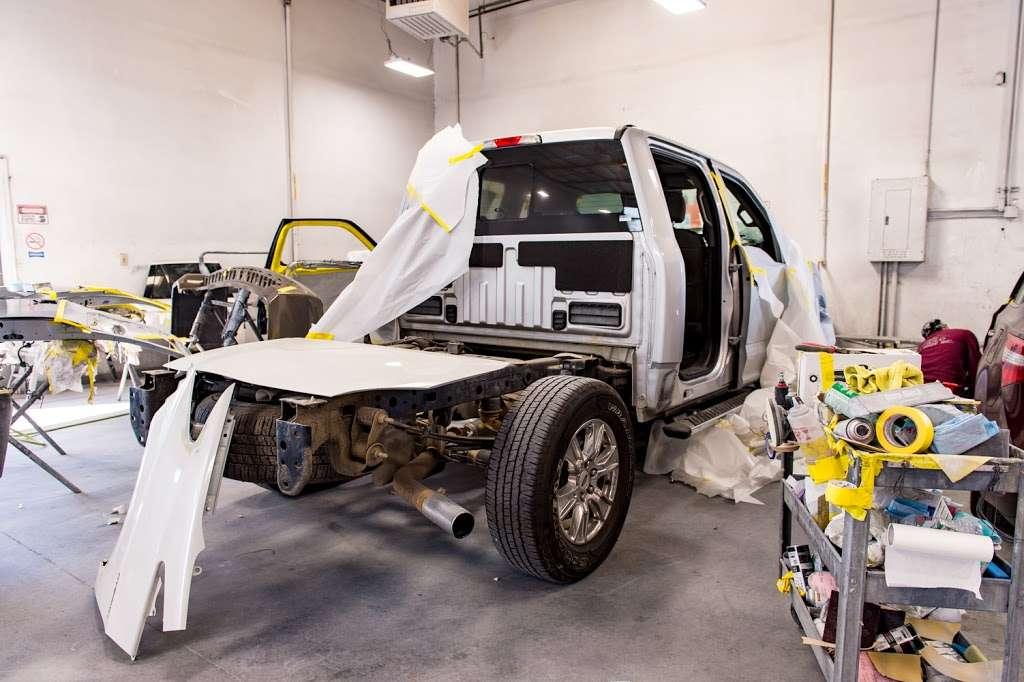Diablo Auto Body Inc - car repair    Photo 8 of 10   Address: 3275 Bernal Ave, Pleasanton, CA 94566, USA   Phone: (925) 462-7151