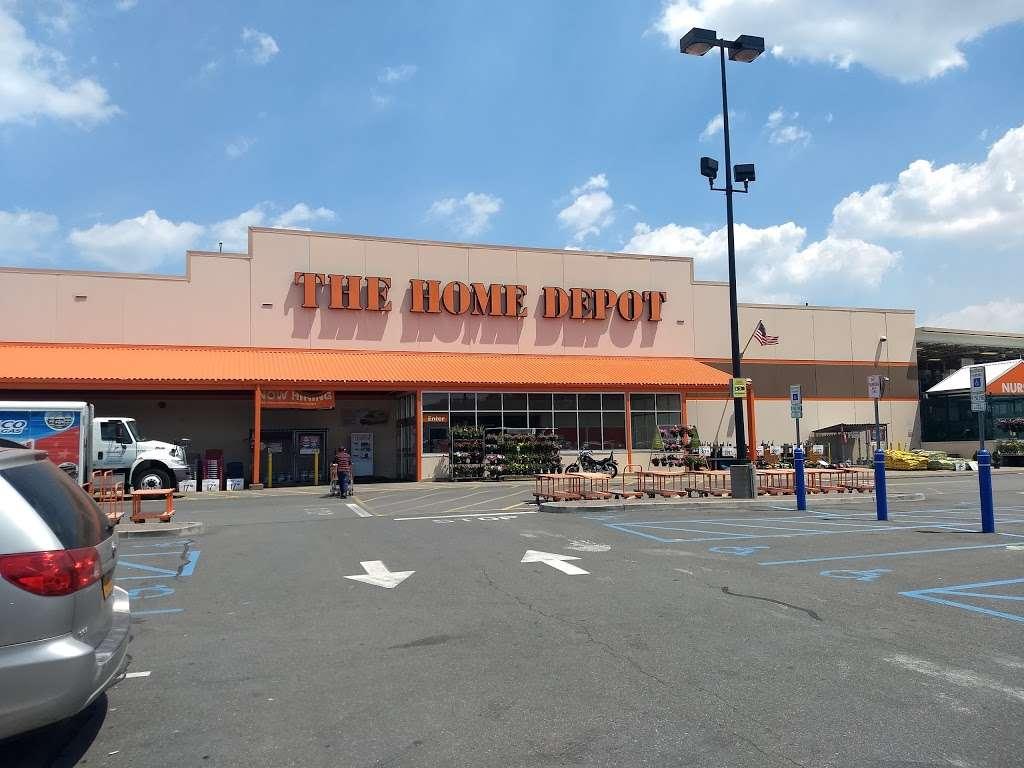 The Home Depot - hardware store  | Photo 7 of 10 | Address: 124-04 31st Ave, Flushing, NY 11354, USA | Phone: (718) 661-4608