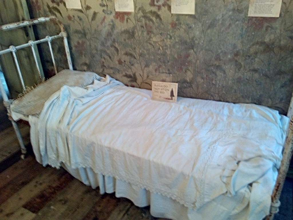 Jack The Ripper Museum - museum  | Photo 9 of 10 | Address: 12 Cable St, Whitechapel, London E1 8JG, UK | Phone: 020 7488 9811
