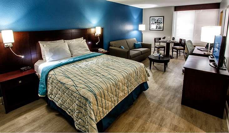 Navy Lodge - lodging    Photo 2 of 10   Address: 408 N Path Rd, Staten Island, NY 10305, USA   Phone: (718) 442-0413