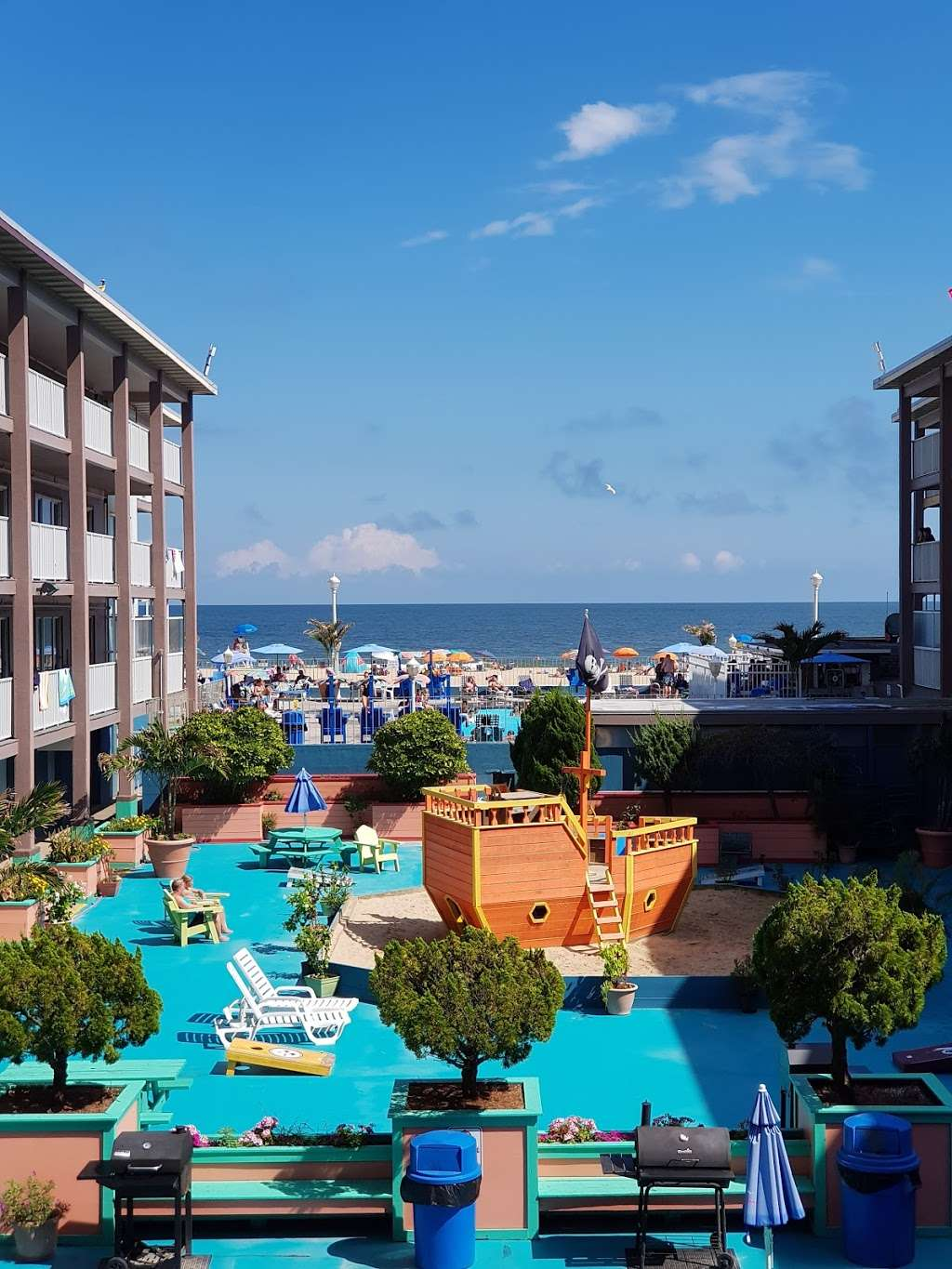 Flagship Oceanfront Hotel - lodging  | Photo 5 of 10 | Address: 2600 N Baltimore Ave, Ocean City, MD 21842, USA | Phone: (800) 837-3585