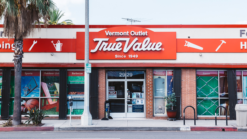 Vermont Outlet True Value - hardware store  | Photo 2 of 10 | Address: 2929 S Vermont Ave, Los Angeles, CA 90007, USA | Phone: (323) 734-4477
