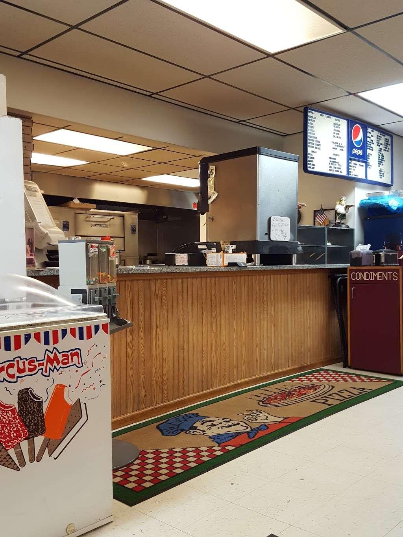 Coppolas Pizza & Restaurant - restaurant  | Photo 5 of 10 | Address: 2267 PA-447, Analomink, PA 18320, USA | Phone: (570) 420-4550