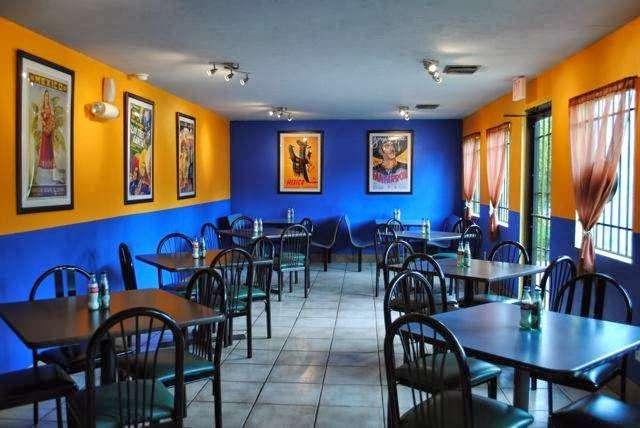 Pueblas Mexican Kitchen - restaurant  | Photo 1 of 10 | Address: 6320 N Main St, Houston, TX 77009, USA | Phone: (713) 426-9062