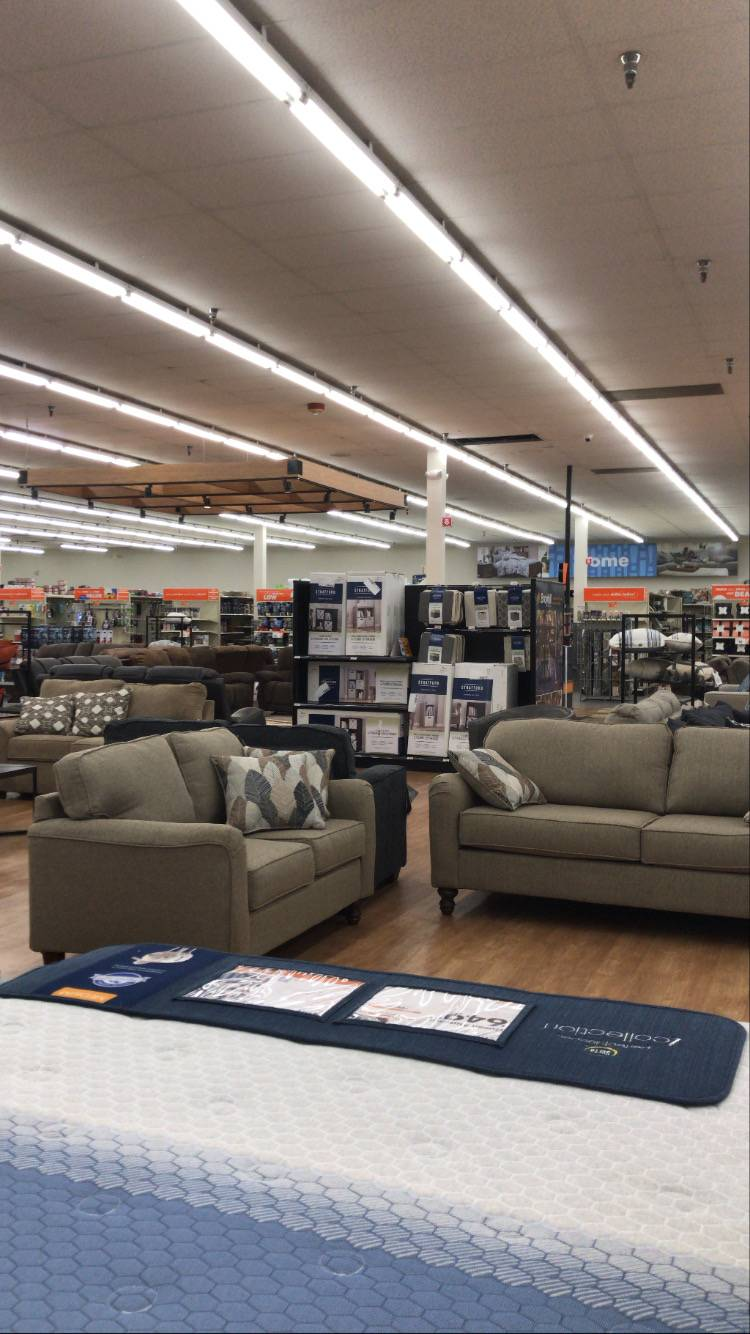 Big Lots - furniture store  | Photo 9 of 10 | Address: 1155 Washington Pike, Bridgeville, PA 15017, USA | Phone: (412) 257-1540