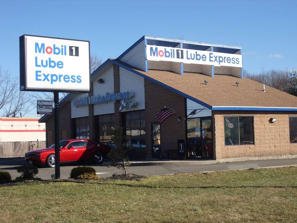 Mobil 1 Lube Express - car repair    Photo 3 of 8   Address: 758 US-1, Edison, NJ 08817, USA   Phone: (732) 253-8100